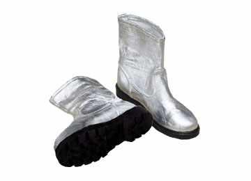 威亚耐高温鞋